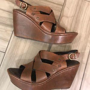 Born Leather Platform Wedge Sandals 7.5 Brown